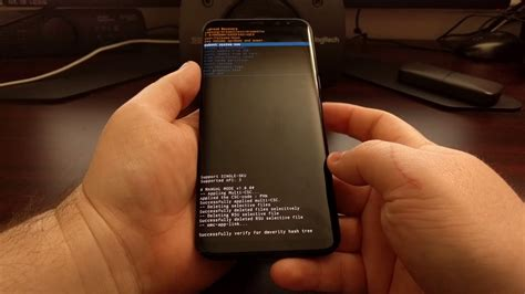 How to Boot the Galaxy S8 and Galaxy S8+ into Fastboot
