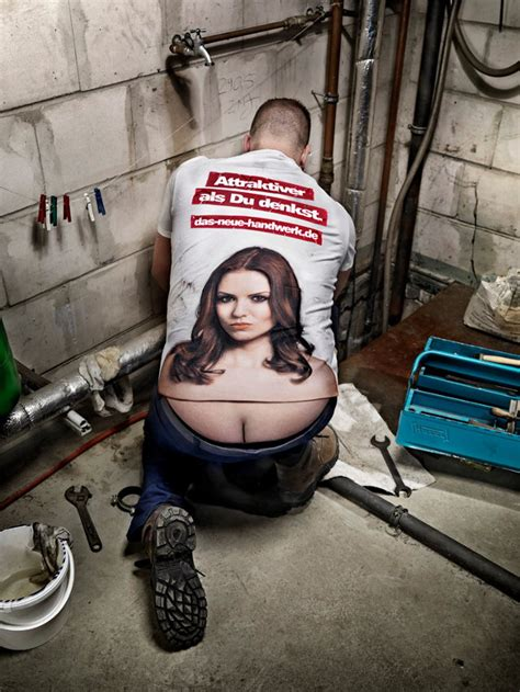 Clever Shirt Turns Plumber's Buttcrack Into Lady Cleavage