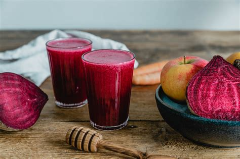 Rote Bete Saft mit Apfel & Ingwer {Beet the cold} · Eat