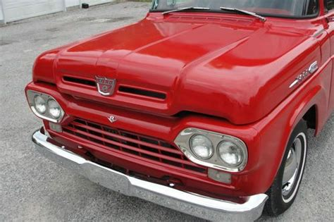 Sell used 60 FORD F100 STEPSIDE PICKUP V8 AUTO in Anna