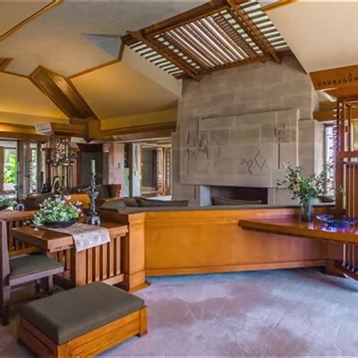 Stunning Video Inside and Outside the Frank-Lloyd-Wright